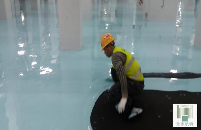 工厂厂房防静电地坪漆哪种性能比较好?