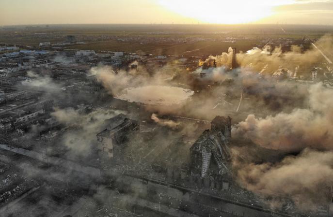 爆炸事故频发,化工厂安全保障如何落实?-航特不发火防爆地坪漆厂家