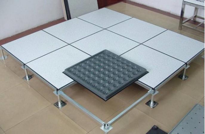 防静电地坪漆和防静电地板有什么区别?哪个更好?