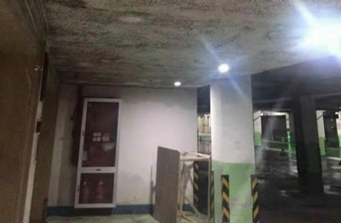 地下车库墙面老潮湿发霉怎么办?航特地下车库防霉墙面彻底解决问题!