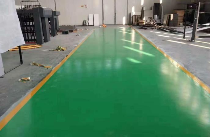 车间防尘地坪,我们建议聚氨酯超耐磨地坪!
