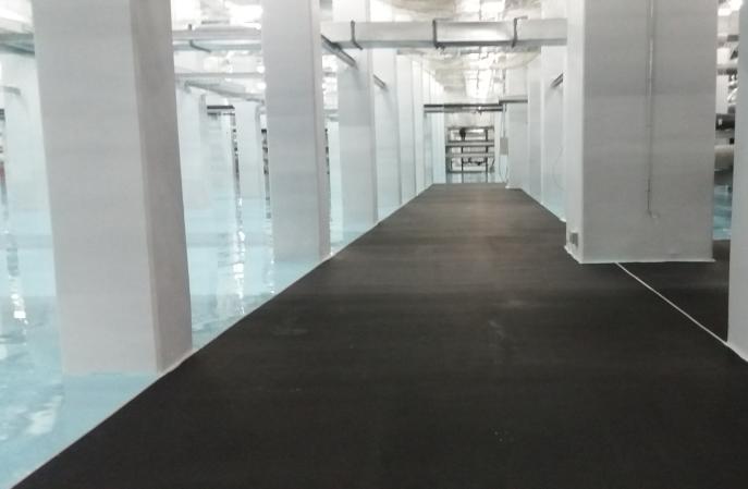 专业生产防静电地坪漆材料厂家应具备哪些条件