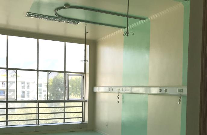 医院抗菌墙面涂料开裂怎么维修?