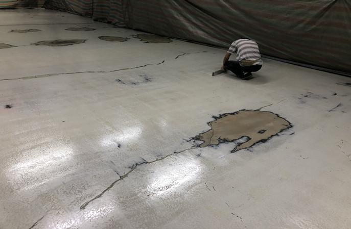 你知道厂房地面不平整怎么做防静电地坪吗?