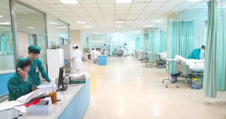 塑立得医院墙地一体系统
