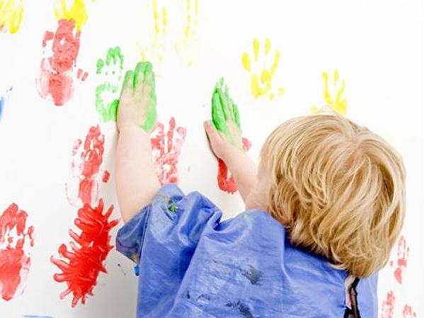 幼儿园墙面地面用什么涂料对孩子健康没影响?