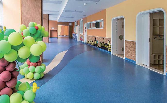水泥基环氧自流平与塑胶地板的重要性-航特地坪漆